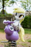 Derpy - My Little Poney - au jardin d'enfant
