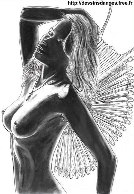 femme-charcoal